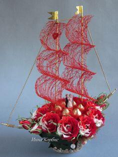 Gallery.ru / Фото #31 - Про ЛЮБОFF... - creator-cis Deco Floral, Arte Floral, Floral Design, Big Flowers, Paper Flowers, Chocolate Flowers Bouquet, Modern Flower Arrangements, Newspaper Crafts, Ribbon Art
