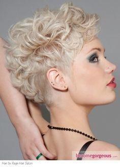 curly hair undercut women's - Google zoeken