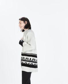 Image 4 of ETHNIC JACQUARD SHORT COAT from Zara