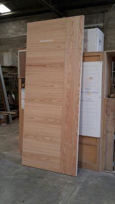 Puerta de madera de encino Interior Door Trim, Interior Door Styles, Oak Interior Doors, Door Design Interior, Interior Design Living Room, Flush Door Design, Room Door Design, Main Door Design, Wood Front Doors