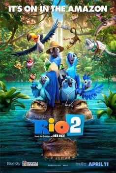 """En """"Río 2″, Blu, Perla y sus tres hijos llevan una vida perfecta. Cuando Perla decide que los niños tienen que aprender a vivir como auténticas aves, insiste en que la familia se aventure a viajar al Amazonas."""