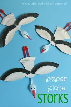Foto: Paper plate stork craft :) http://dzieciakiwdomu.pl/2015/03/bocian-z-papierowych-talerzykow.html #kidscrafts
