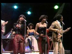 ▶ TOPPOP: Chic - I Want Your Love - YouTube