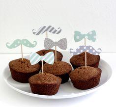 12 décorations pour gâteaux et cupcakes (cake topper), thème moustache et noeud papillon, coloris vert d'eau et gris : Autres papeterie par latelierdesconfettis