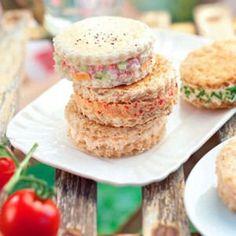 60 recettes pour un pique-nique gourmand                                                                                                                                                     Plus Sandwiches, Sandwich Cake, Macarons, Ratatouille, Salmon Burgers, Street Food, Picnic, Muffin, Lunch Box