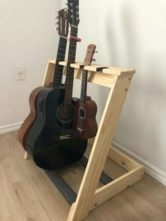 Diy Guitar Stand, Wooden Guitar Stand, Music Furniture, Diy Furniture, Wood Projects, Woodworking Projects, Guitar Rack, Gun Rooms, Home Studio Music