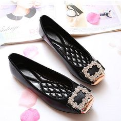 Elegant Square Rhinestone Soft Leather Women Flats Brand Shoes Woman Boat Shoes Casual Ladies Flats Plus Size 42 Free Shipping