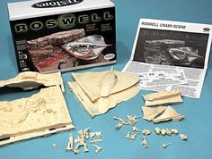 SCALE MODEL NEWS: TESTORS 1:48 SCALE UFO CRASH SCENE, INDEPENDENCE DAY, 1947
