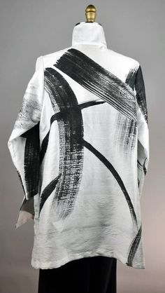 M silk Dupioni Swingt top Brush painted SOLD Piping Design, Fabric Design, Linen Jackets, Embroidered Clothes, Black Linen, Linens And Lace, White Fashion, Fashion Art, Textile Prints
