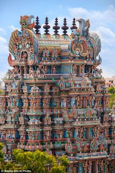 The lure of the coloured towers has seen innumerable shops spring up selling flowers coconuts and pooja items Indian Temple Architecture, Historical Architecture, Ancient Architecture, Beautiful Architecture, Art And Architecture, Temple India, Hindu Temple, The Places Youll Go, Places To Go