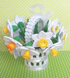 Items similar to Quilling Basket with daffodils Quilled Paper qulling Paper flowers Floral decorations Flower arrangement Flower decorations Spring decor on Etsy 3d Quilling, Paper Quilling Cards, Paper Quilling Tutorial, Paper Quilling Jewelry, Paper Quilling Patterns, Quilling Designs, Crafts To Make, Diy Crafts, Origami