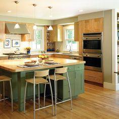 Kitchen Two-tone Cabinets Design,