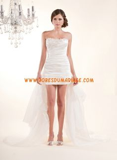 Winnie boutique robe de mariée glamour originale avec traîne asymétrique ornée de pli organza