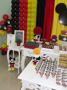 Mamãe Fazendo a Festa em Casa: Mickey