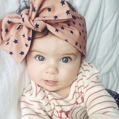 Great post + video on how to tie baby headwraps into a beautiful bow ... ebdfaa88adf1