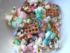 Easter Snack Mix. Yummy!