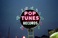 Pop Tunes on Summer Avenue