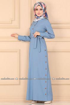 Modest Fashion Hijab, Abaya Fashion, African Fashion Dresses, Muslim Fashion, Muslim Dress, Hijab Dress, Dress Outfits, Kebaya Hijab, Hijab Elegante