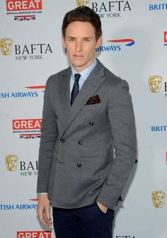 Eddie Redmayne didn't fuss about going nude for film