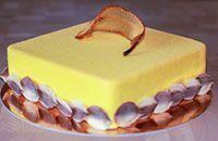 Когда я готовила муссовый грушевый торт с франжипаном, то чувствовала, что получится нечто необычное и очень вкусное. Предчувствия меня не обманули.