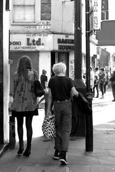 """2 ° riScatto urbano di Zeonia Romagnoli. Saranno conteggiati i """"mi piace"""" al seguente post: https://www.facebook.com/photo.php?fbid=10151574367997217=o.170517139668080=3"""