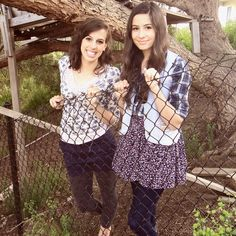 Lauren and Katherine Cimorelli. Picture from http://pinterest.com/kathcim/