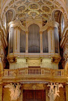 Roma (Italia), San Luigi dei Francesi, organo Merklin III/31 - 1881