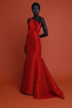 Resort 2013   Angel Sanchez. Lady in red.