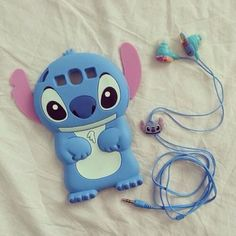 Stitch phone case + matching earphones