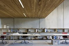 Great for a relaxed company work space, very industrial.