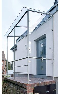 Canopy made of stainless steel - entrance Glass Porch, Glass Balcony, Canopy Glass, Metal Canopy, House Front Design, Shed Design, Sas Entree, Staircase Outdoor, House Awnings