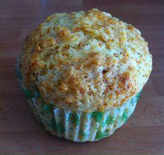 Muffin de zanahoria y yogurt de piña y coco