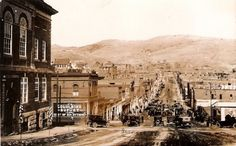 An early shot of Cripple Creek, Colorado. Share your best ghost stories with us, and we will feature them on our blog on Halloween 2015!