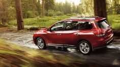 The legendary Nissan Pathfinder: rugged, capable, tough. And good on gas. That's a win-win in our book.