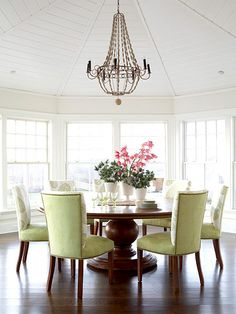 Great dinning room, flooded with natural light.