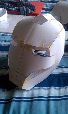 DIY Iron Man helmet paper