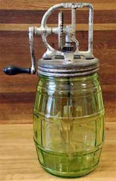This rare Dazey Butter Churn Green Depression Glass Jar. Antique Dishes, Vintage Dishes, Antique Glass, Or Antique, Vintage Kitchenware, Vintage Glassware, Vintage Jars, Vintage Antiques, Churning Butter
