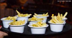 Batata frita, finger food. Casamento Daniela e Paulo Matheus - Captains Buffet Buzios.