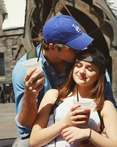 See Joey King & Jacob Elordi's Best Couple Photos - From Real Life!: Photo Joey King and Jacob Elordi are winning over the hearts of fans who loved them as a couple on-screen in Netflix's The Kissing Booth and now are shipping them as… King Jacob, Joey King, Kissing Booth, Noah Flynn, Fangirl, Love Is In The Air, Cute Relationships, Best Couple, Girlfriends