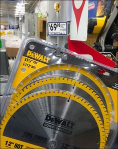 DeWalt Circular Saw Blade Strip Merchandiser