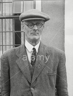 #3 William Grosvenor, (unmarried) 3rd Duke of Westminster (23 December 1894 – 22 February 1963) was the son of Lord Henry Grosvenor and a grandson of Hugh Grosvenor, 1st Duke of Westminster. On his mother Dora's side, he was a great x2 grandson of William IV.