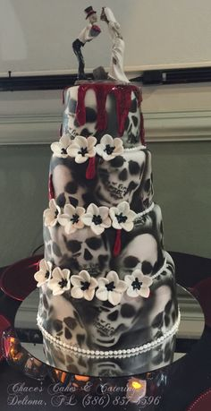 Skull Wedding Cake... Red Strawberry Shortcake Filling