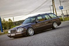 Tastefully modified Mercedes W124 wagon.  How can something with this much swagger also be so understated? #WagonPorn