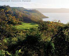 Peninsula Papagayo - Arnold Palmer Signature Golf Course. Jungle and  Ocean !