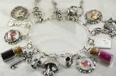 Výsledok vyhľadávania obrázkov pre dopyt alice in wonderland jewellery