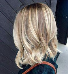 Medium Hair Styles, Curly Hair Styles, Hair Medium, Medium Curly, Long Curly, Medium Long, Medium Length Blonde, Shoulder Length Hair Blonde, Shoulder Length Bobs