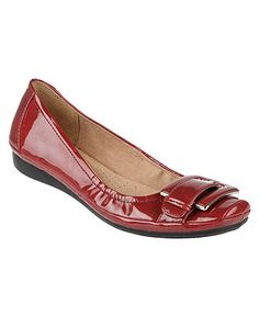 Naturalizer flats are the way to go. I want to be able to walk when I'm Sorry, heel lovers ; Red Flats, Red Shoes, Flat Shoes, Casual Work Shoes, Naturalizer Shoes, Style Me, High Heels, Footwear, Fashion Trends