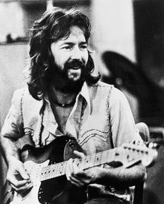 Absolutely love Eric Clapton & this is such a good picture… Eric Clapton Blues, John Mayall, Tears In Heaven, The Yardbirds, Blind Faith, Funny Art, Classic Rock, Rock Music, Rock N Roll