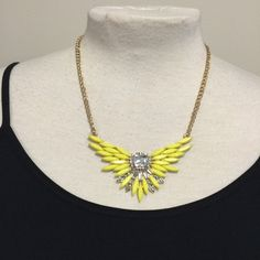 Yellow Burst Necklace  I love this necklace I just can't do yellow.  Fashion Jewerly  Jewelry Necklaces
