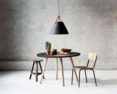 Elegantní závěsné svítidlo s koženým popruhem Nordlux Strap 84353003
